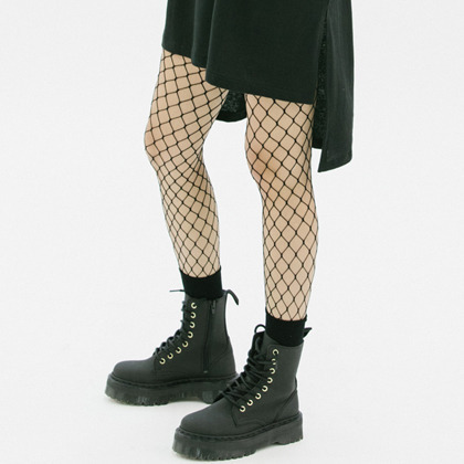 Wide Fishnet Stockings
