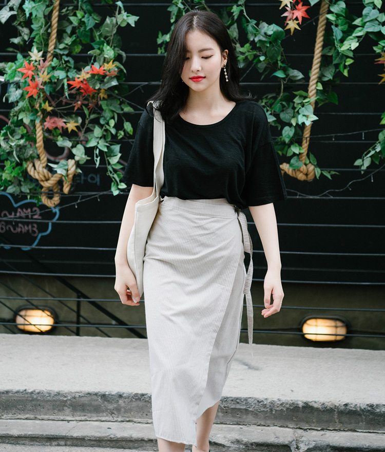 Pinstriped Side Ribbon Midi Skirt