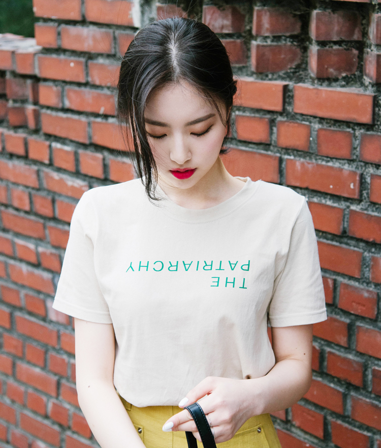 Round Neck Lettering Short Sleeve T-Shirt