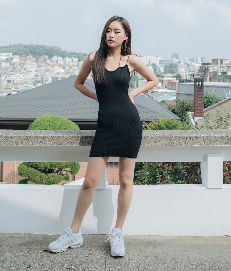QUIETLABSlim Fit Ribbed Dress
