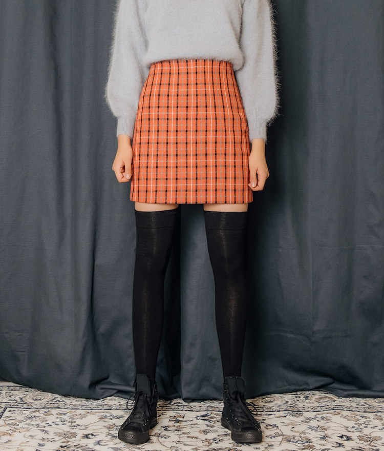 QUIETLABStraight Cut Check Skirt