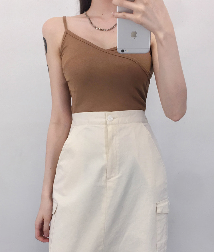 QUIETLABSleeveless Crop Top