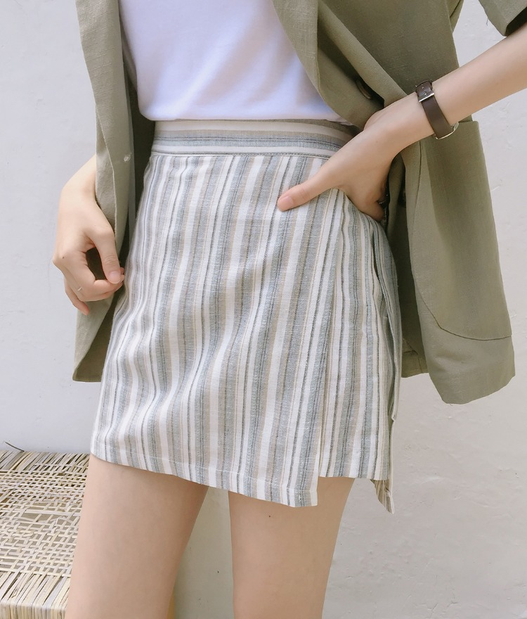 ESSAYStriped Mini Skort