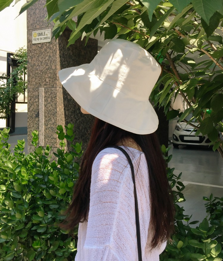 ESSAYBasic Solid Color Bucket Hat