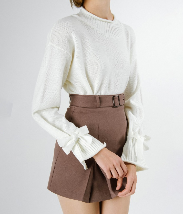 Ribbed Neck Tie Cuff Knit Top