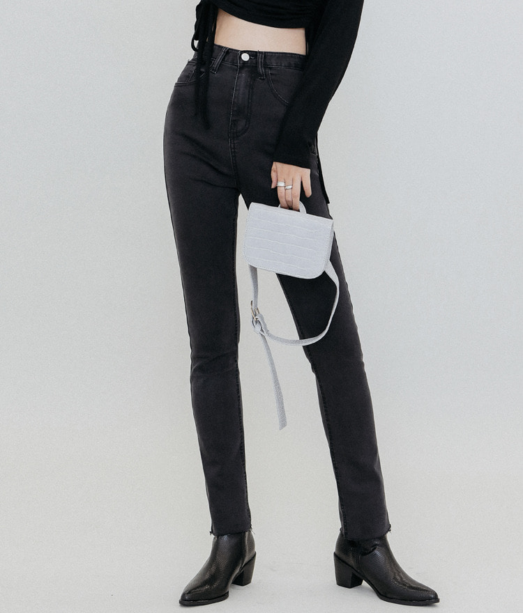 QUIETLABHigh Waist Straight Leg Jeans
